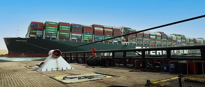 Canal de Suez : perturbations du trafic maritime